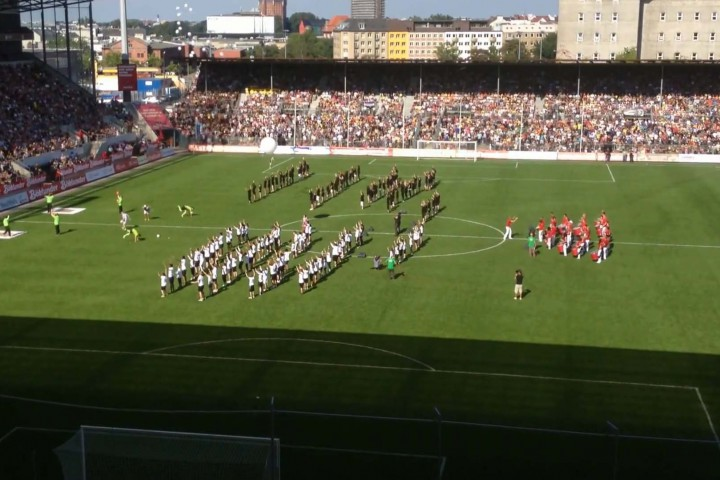 Massenchoreographie im Stadion, Tag der Legenden Hamburg, Millerntor-Stadion