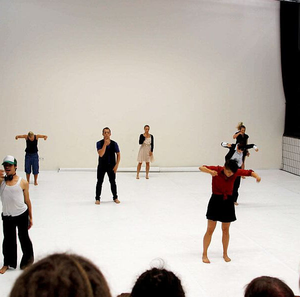 White Noise - Tanztheater-Performance der Nicole Wiese Company Pic13