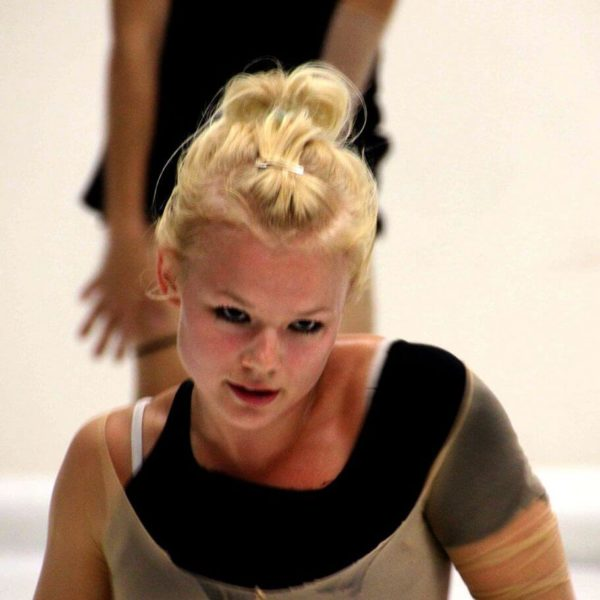 White Noise - Tanztheater-Performance der Nicole Wiese Company Pic4