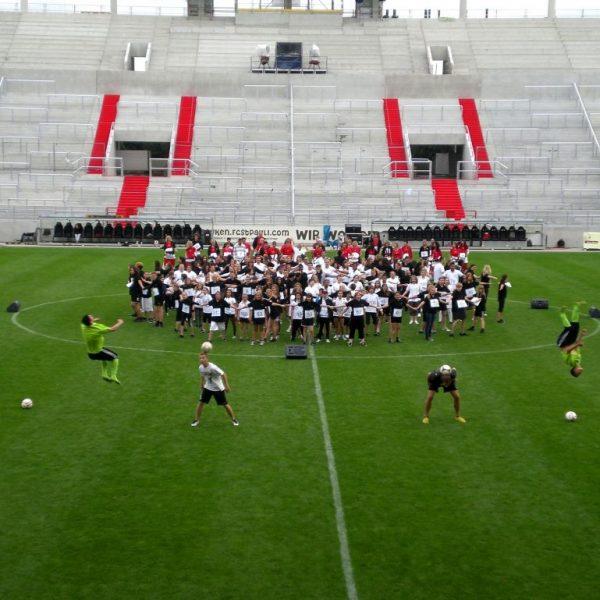 Tag der Legenden 2012 - Choreographie Stadionshow Pic7