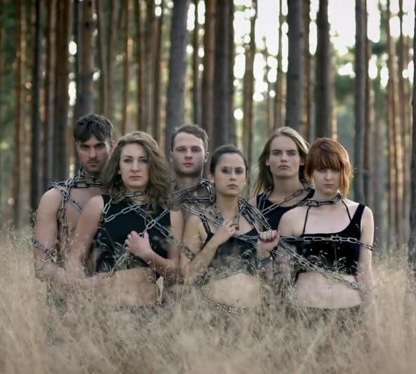 Jennifer Rostock - Performer Musikvideo Ein Schmerz und eine Kehle Pic4