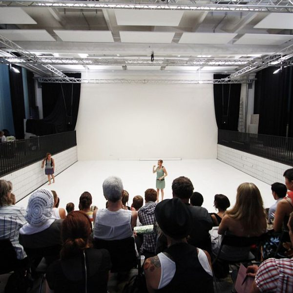 White Noise - Tanztheater-Performance der Nicole Wiese Company Pic20