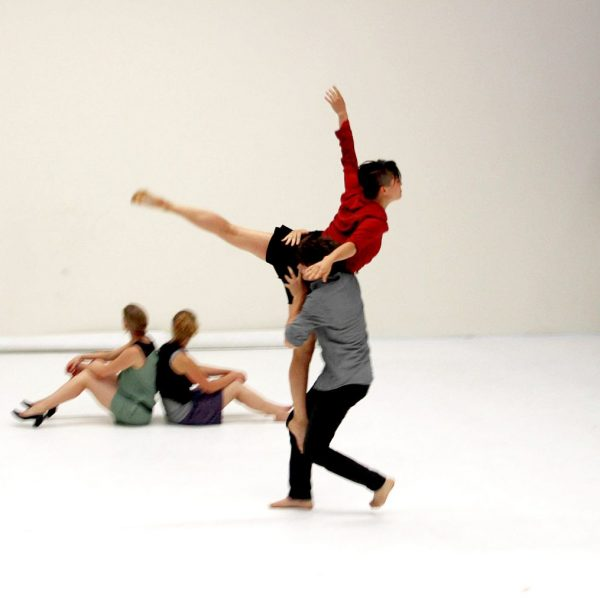 White Noise - Tanztheater-Performance der Nicole Wiese Company Pic25