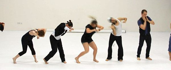 White Noise - Tanztheater-Performance der Nicole Wiese Company Pic28