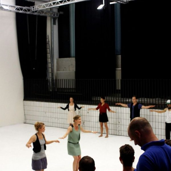 White Noise - Tanztheater-Performance der Nicole Wiese Company Pic30
