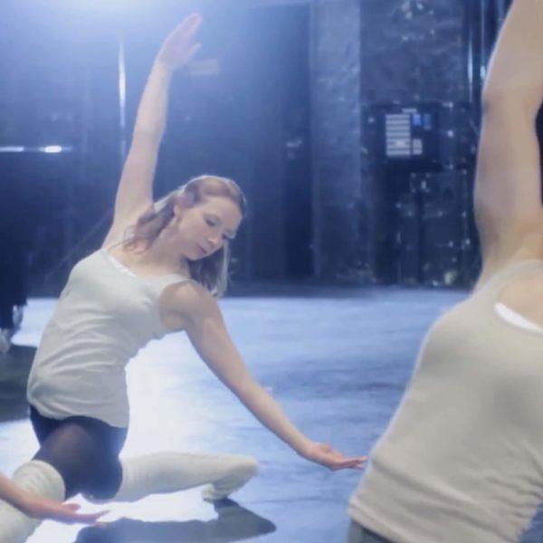 Greckoe - Choreographie zu Musikvideo Eisprinzessin Pic1