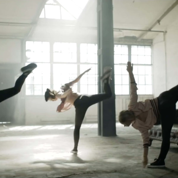 Lions Head - Choreographie Musikvideo See You Pic1