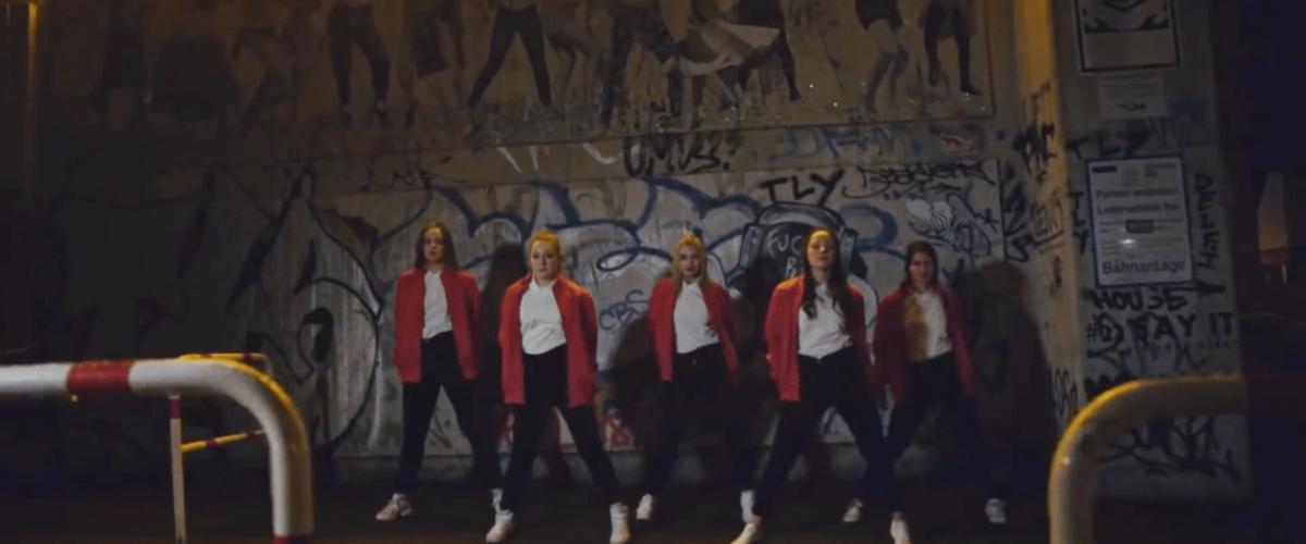 Kraftklub - Performance-Beratung für Musikvideo Am Ende Pic2